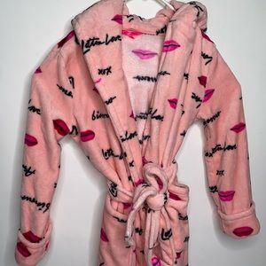 Betsey Johnson Pink Plush Soft Lips Lounge Robe